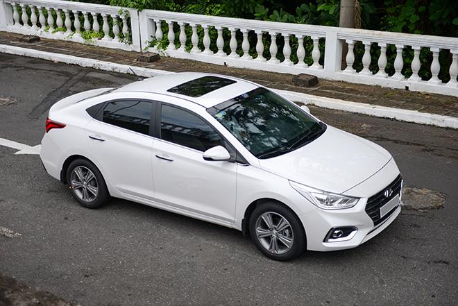 Hyundai Accent 2018 có lợi thế về giá và công nghệ so với các đối thủ trong phân khúc.