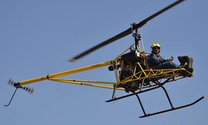Máy bay trực thăng buồng lái hở tốc độ 160 km/h