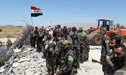 Quân đội Syria tại một vị trí vừa chiếm lại từ tay IS. Ảnh: Almasdar News.