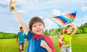 Chọn gì cho con: trại hè hay lớp học thêm?