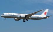 Máy bay Trung Quốc hạ cánh khẩn ở Pháp vì báo động bom giả