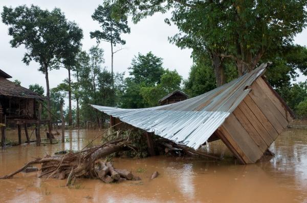 Bản Kok Kong, huyện Sanamxai tan hoang sau vụ vỡ đập thủy điện.Ảnh: Thành Nguyễn