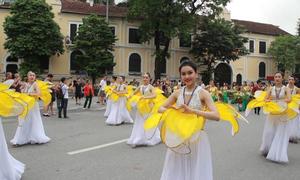Lễ hội quanh Hồ Gươm dịp 10 năm mở rộng Hà Nội