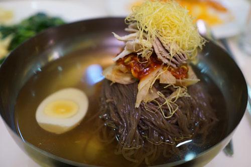 Món mỳ lạnh truyền thống của Bình Nhưỡng. Ảnh: BBC.