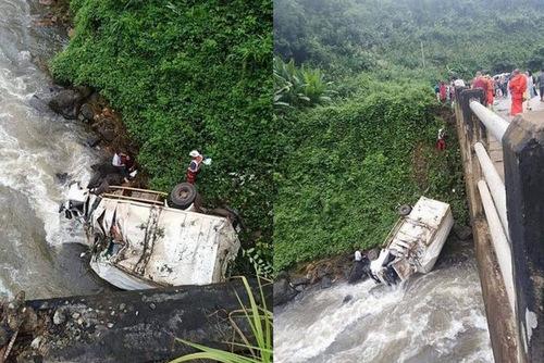 Hiện trường tai nạn xe cứu trợ tại Lào hôm 29/7. Ảnh: Nation.