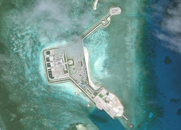 Đá Gaven, một trong 7 đá bị Trung Quốc bồi đắp trái phép thành đảo nhân tạo tại quần đảo Trường Sa của Việt Nam. Ảnh: AMTI.