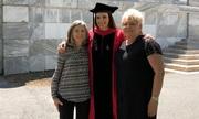 Cô giáo lớp 6 được học sinh cũ mời đến lễ tốt nghiệp Harvard