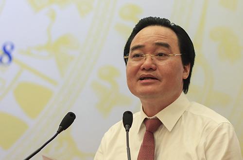 Bộ trưởng Giáo dục và Đào tạo Phùng Xuân Nhạ phát biểu mở đầu hội nghị Tổng kết năm học 2017-2018. Ảnh: Dương Tâm.