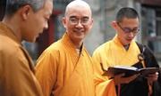 Hai thân tín tố cáo sư trụ trì Trung Quốc
