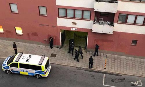Hiện trường Eric Torell bị cảnh sát bắn chết ở Stockholm, Thụy Điển sáng 2/8. Ảnh: Expressen.