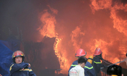 Người dân náo loạn vì khu công nghiệp ở TP HCM bốc cháy