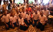 Đội bóng nhí Thái Lan rời chùa sau 11 ngày đi tu