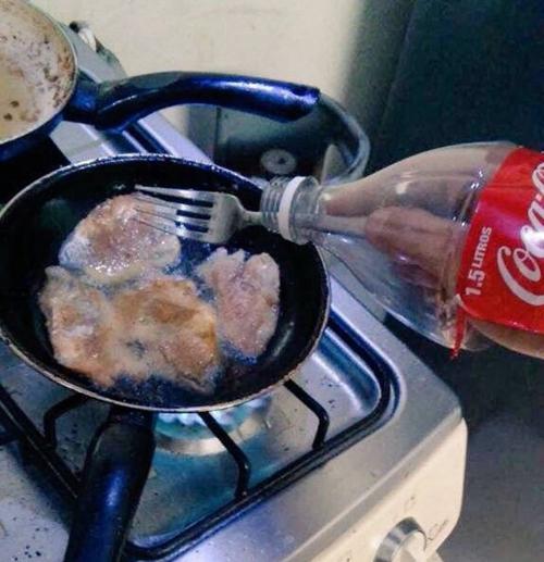 Quá đơn giản để dầu ăn không bắn vào tay.