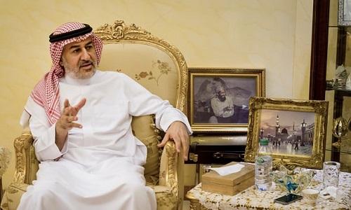 Ahmad al-Attas, anh em cùng cha khác mẹ với Osama bin Laden. Ảnh: Guardian.