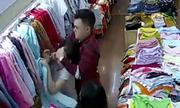 Đôi nam nữ tấn công nhân viên shop thời trang