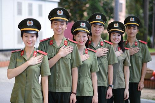 Sinh viên khối trường Công an nhân dân.