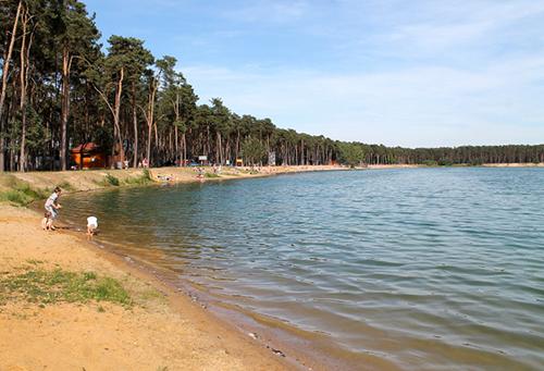 Hồ Lhota nằm cách thủ đô Prague 20 km, là điểm nghỉ dưỡng mùa hè nổi tiếng. Ảnh:testovanonadetech