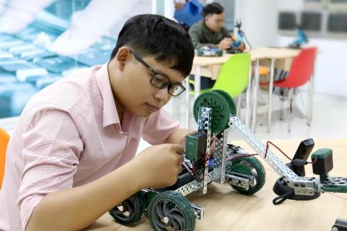 Đại học Quốc tế Sài Gòn (SIU) công bố điểm chuẩn năm 2018 - xin bài edit - page 2 - 2