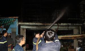 Cháy 3 căn nhà ở Đà Lạt, một người bị thương