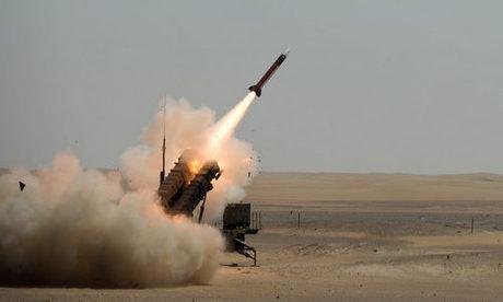 Tổ hợp Patriot của Arab Saudi khai hỏa hồi năm 2017. Ảnh: Raytheon.