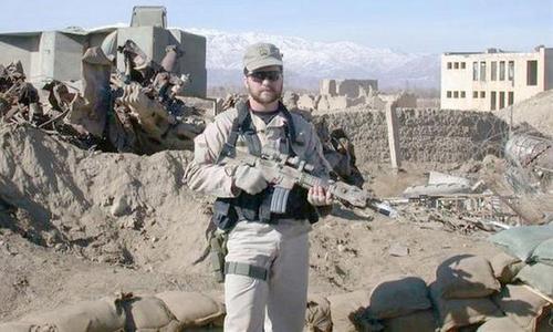 Trung sĩ Chapman tại Afghanistan năm 2001. Ảnh: Military.