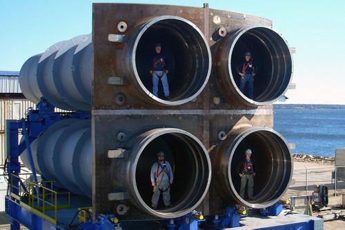 Cụm ống phóng tên lửa do BWXT chế tạo. Ảnh: US Navy.