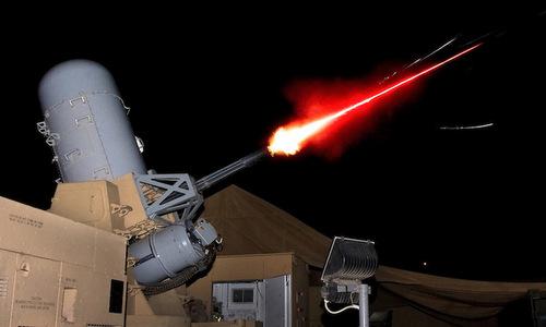 Tổ hợp C-RAM của Mỹ đánh chặn đạn cối tại Afghanistan năm 2011. Ảnh: Lầu Năm Góc.