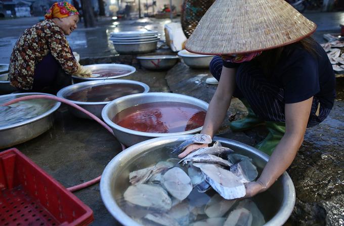 Làng nướng cá biển ở Cửa Lò
