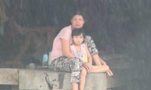 Lũ quét tan hoang bản ở biên giới Kon Tum