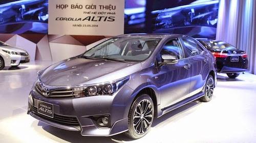 Corolla Altis 2015 dính lỗi cảm biến túi khí.