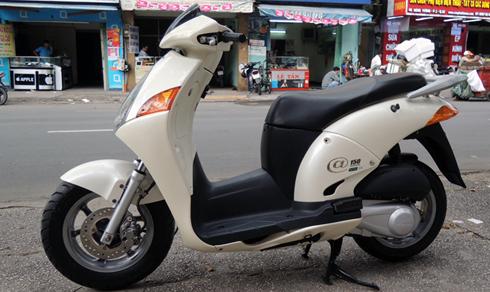 Honda @ - biểu tượng nhà giàu Việt cuối những năm 90