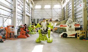 Kỹ sư Nhật chế tạo robot có người ngồi trên điều khiển