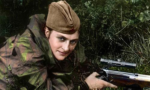 Một nữ chiến sĩ bắn tỉa của Hồng quân Liên Xô trong Thế chiến II. Ảnh: History.