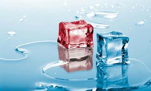 Có phải nước nóng đóng đá nhanh hơn nước lạnh?