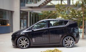 Ôtô vừa chạy vừa tự sạc điện bằng năng lượng mặt trời