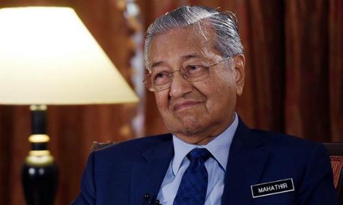 Thủ tướng Mahathir trong cuộc phỏng vấn hôm 13/8. Ảnh: AP.