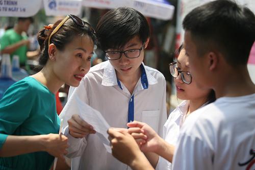 Thí sinh athi vào lớp 10 ở Hà Nội năm 2018.Ảnh: Ngọc Thành