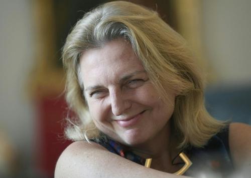 Ngoại trưởng Áo Karin Kneissl tại một cuộc phỏng vấn ở Vienna ngày 10/8. Ảnh: AFP.