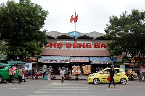 Chợ Đông Ba đang được đánh giá cơ sở hạ tầng để nâng cấp. Ảnh: Võ Thạnh