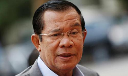 Thủ tướng Campuchia Hun Sen tại một cuộc họp ở Phnom Penh hồi tháng một. Ảnh: Reuters.