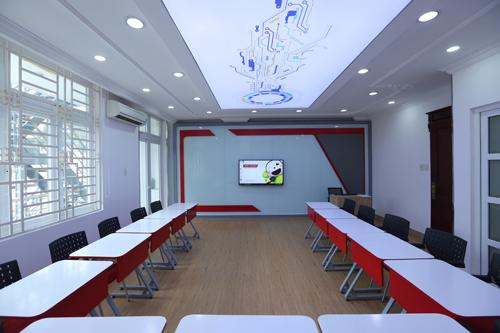 Phòng học ứng dụng tối ưu công nghệ 4.0 theo tiêu chuẩn quốc tế.