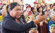 Người dân Quảng Ngãi la hét khi đối thoại với chủ tịch tỉnh về nhà máy rác