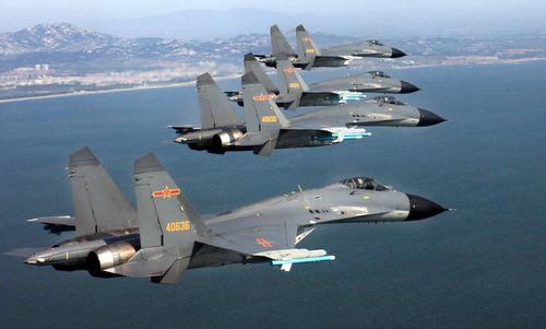 Tiêm kích nội địa J-11 trong đợt diễn tập không quân năm 2017. Ảnh: Sina.