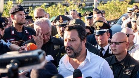Người tiên đoán cầu Italy sẽ sập trong vòng 10 năm - 1