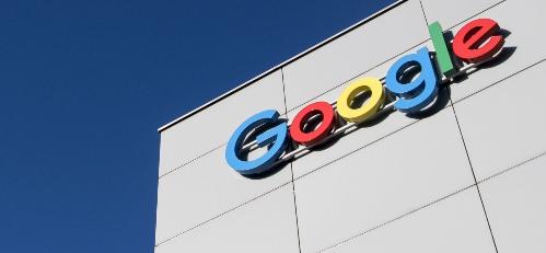 Google là gã khổng lồ cung cấp nhiều khóa học trực tuyến miễn phí cho người dùng.