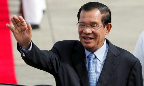 Thủ tướng Hun Sen trong chuyến thăm các nước ASEAN cuối năm 2017. Ảnh: AFP.