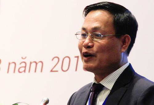 Ông Nguyễn Hữu Đức, Phó giám đốc Đại học Quốc gia Hà Nộiphát biểu tại hội thảo. Ảnh: Dương Tâm