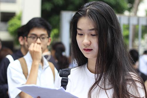 Thí sinh Hà Nộithi THPT quốc gia năm 2018. Ảnh: Dương Tâm.