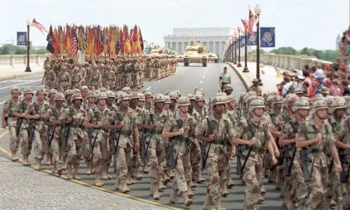 Một phần đoàn duyệt binh của Mỹ năm 1991. Ảnh: AFP.
