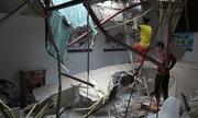 Tuột cáp cẩu công trình ở Hà Nội, hai người bị thương